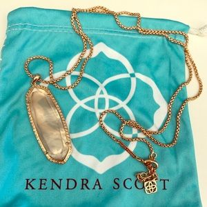 Rose Gold Kendra Scott Necklace. Good Condition.